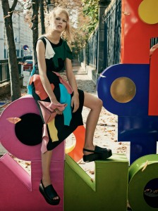 anna-ewers-by-craig-mcdean-for-w-magazine-december-2014-10